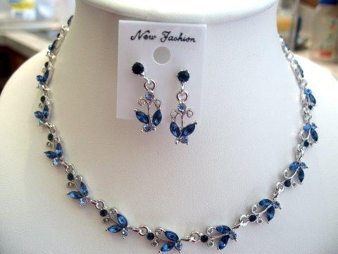 Primary image for Blue Sapphire Vintage Victorian Style Necklace Earrings Set