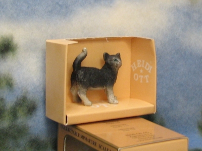 Dollhouse Pet Cat HOXZ572B Heidi Ott Standing Tail Up Black White