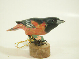 Northern Oriole Hand Carved Painted Bird Figurine Figure Carving Vintage... - $29.69