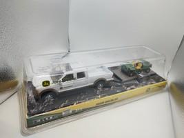 TBEK37510 John Deere ERTL 8-in White Pickup Hauling Gator Set - $15.76