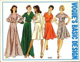Auction 717 v 1082 dresses 14 early 1970s thumb200