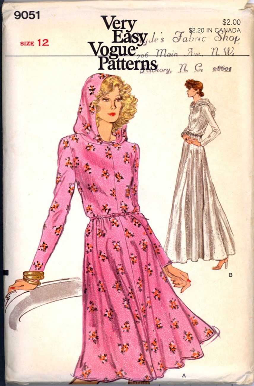 Primary image for Vtg 70s Vogue Stretch Knit Dress Hood Bust 34 Size 12 Pattern New