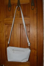 Steve Madden  Zipper Shoulder Hobo Hand BaG Faux Leather White - $28.01
