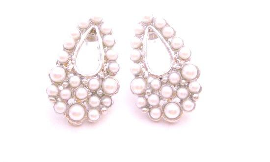 Looking For Dollar Earrings Fully Embedded White Pearls In Pear Shape