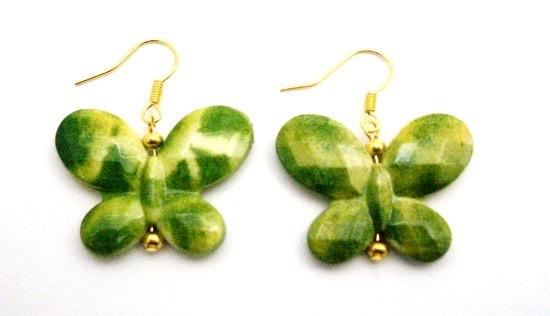 Girls Return Gifts Butterfly In Green Yellow Shaded Gold Hook Earrings
