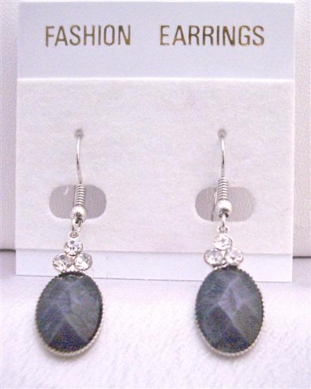 Black Oval Bead Dollar Earrings w/ 3 Simulated Diamond On The Top
