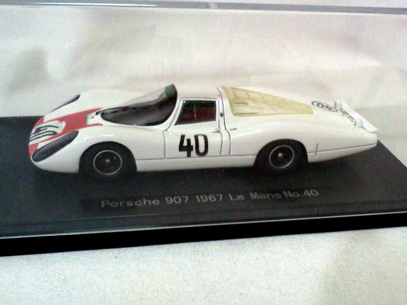 Porsche 907 Le Mans #40 White/Red 1/43 Resin Model Car