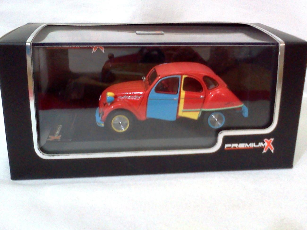 Citroen 2CV Picasso 2007 red hight quality 1/43 Resin Model Car