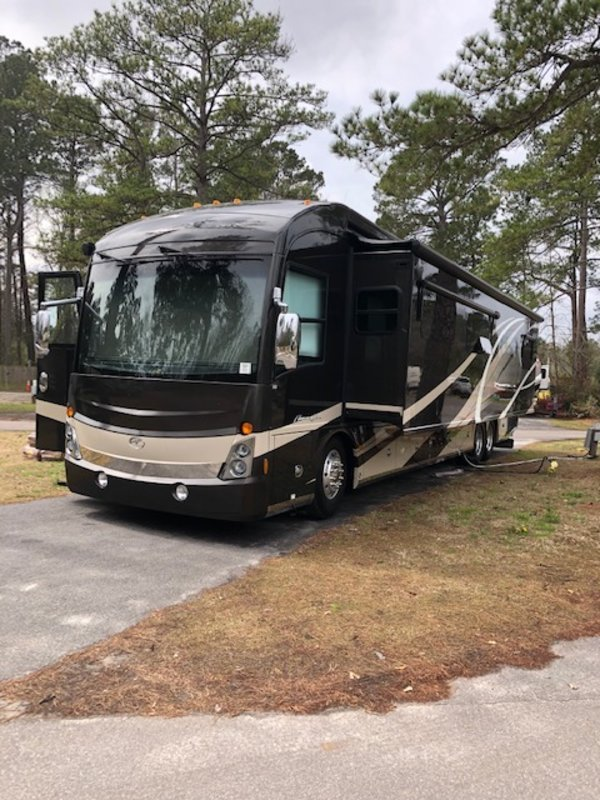 2016 Fleetwood American Tradition 45A for sale by Owner - Middleboro, MA 02346