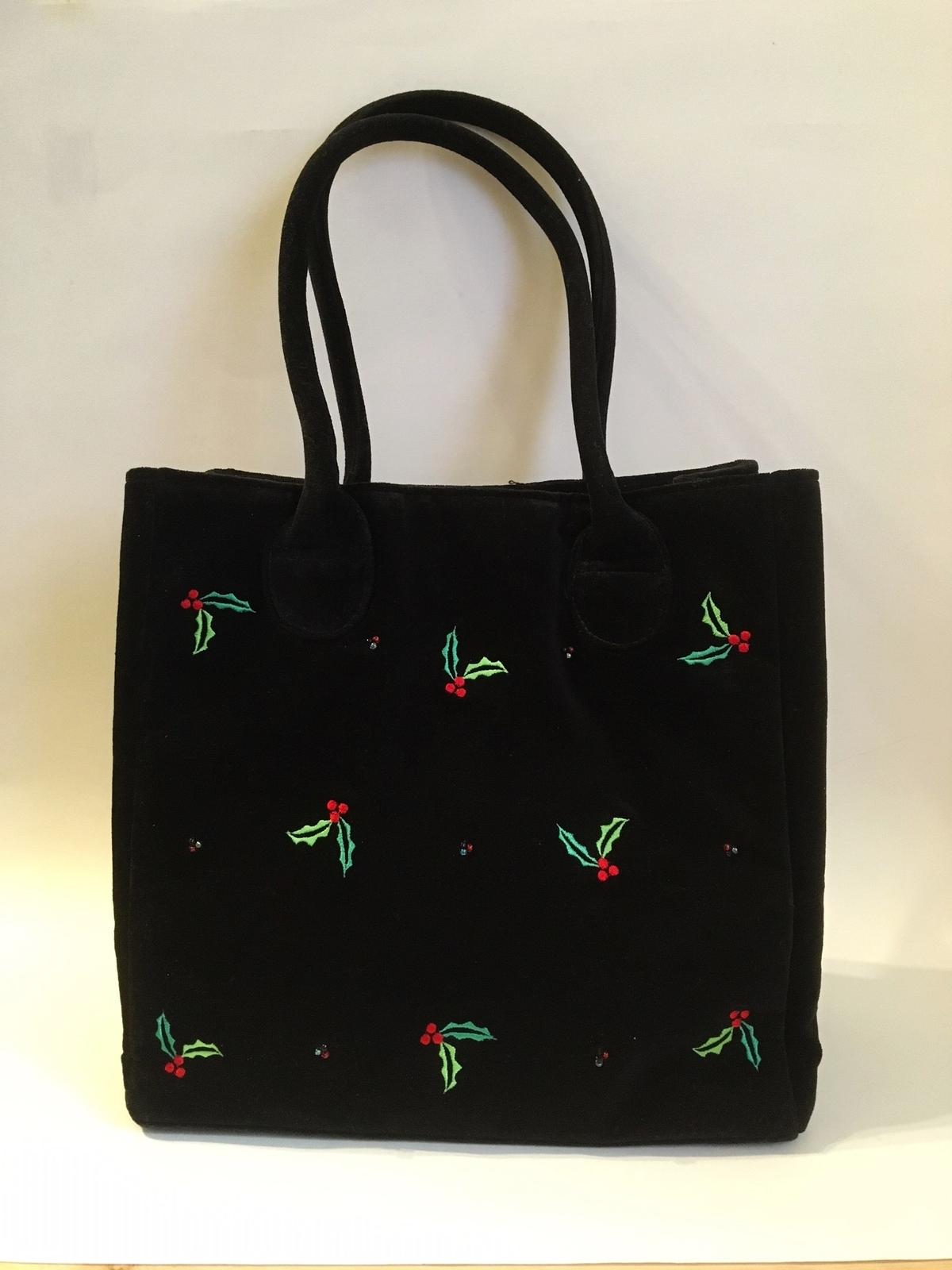 Purse holly berry black velour  1  36  .75