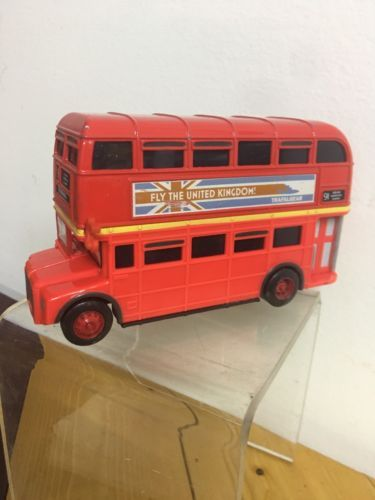 Disney Pixar Cars 2 -Double Decker London UK England Bus Touring Tyres