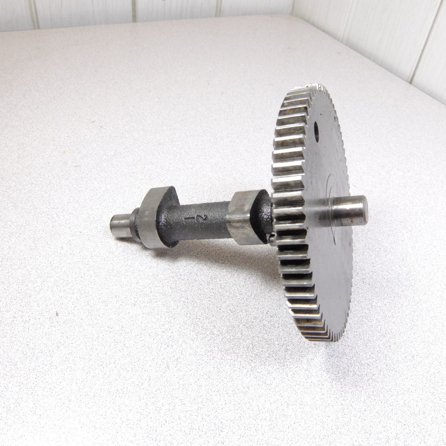 Used Briggs & Stratton Cam Shaft 692421 Fits and 50 similar items