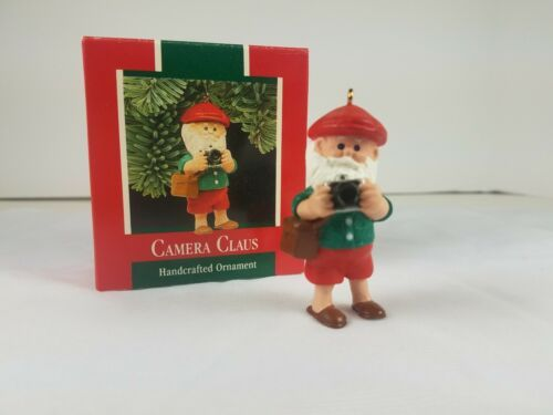 1989 Hallmark Keepsake Ornament Camera Claus Santa Claus Taking Pictures