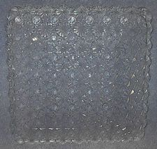 Daisy button square plate thumb200