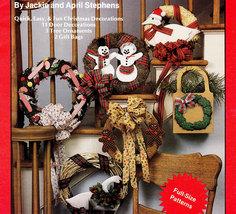 NO-SEW Calico Festival Of Wreaths Christmas - $4.50