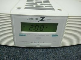 Zenith Clock Radio Stereo Z213W AM/FM/Weather with AUX image 12