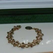 Avon President's Club Tribute Rose Circle Brilliant Treasures Bracelet 2004 - $34.65