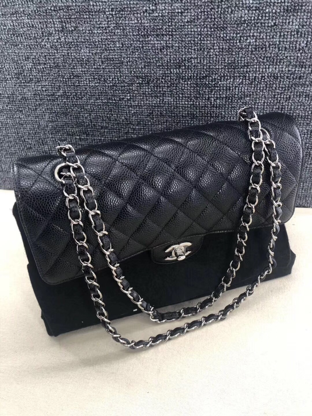 AUTH BNIB Chanel 2019 Black Quilted Caviar Classic Medium Double Flap Bag SHW