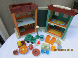 Vintage Fisher Price #938 Sesame Street Little People Play House Family ... - $71.63