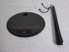 Terminator T-800 Display Stand MMS 136 1/6th Scale - Hot Toys 2010 - $19.35