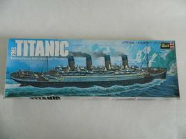 Vintage 1976 Revell RMS Titanic Complete 1/570 Model w\Original Box - $19.99