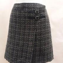 Ann Taylor Loft Skirt 4 Black Gray Tweed Plaid Buckle Detail Mini Career - $21.54