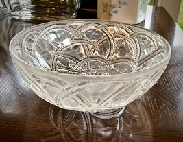 """Lalique Pinsons Bowl Finches in Foliage 9.25"""" Mint Signed & Guaranteed Authentic - $295.02"""