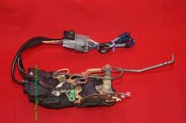 96-03 Toyota Tacoma Ext & 4dr Crew Cab Power Door Lock Latch Actuator FRNT RIGHT image 2