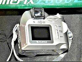 Fujifilm FinePix 2800 Zoom 2.0 MP Digital Camera Silver Vintage AA19-1389 image 8