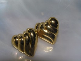 Estate Signed Ridged Goldtone Valentine Heart Post Earrings for Pierced ... - $9.49