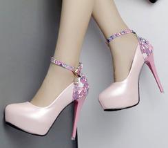 88H148 cute high-heeled pump w flower print back Size 4-8.5, pink - $52.80