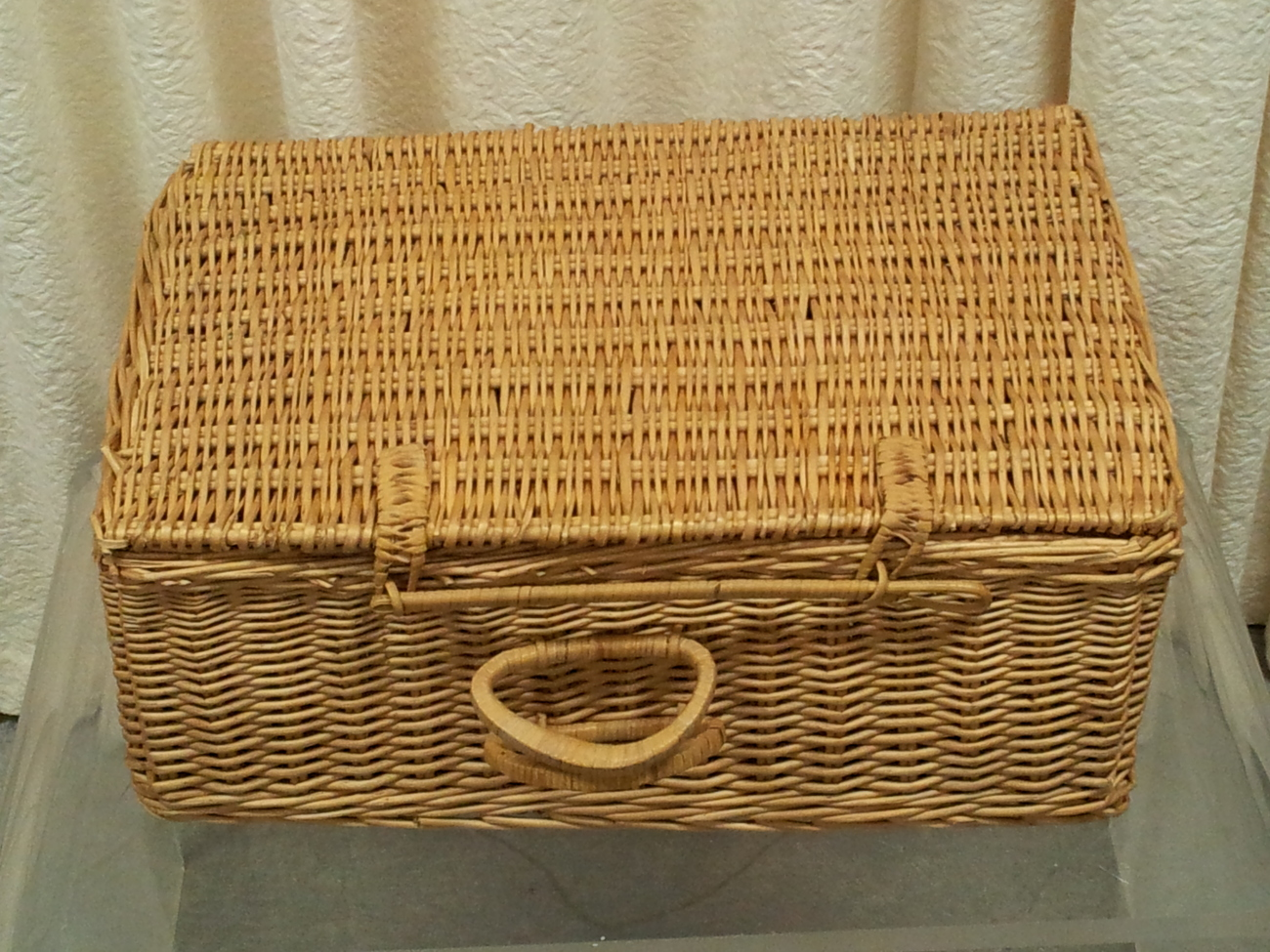 Wicker Suitcase Style Picnic Basket