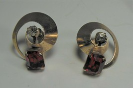 Art Deco Gold tone Red & Clear Rhinestone Screw Back Earrings - $7.92