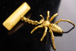Antique Spider brooch - Vintage Halloween pin - Victorian insect bug - C... - $85.00