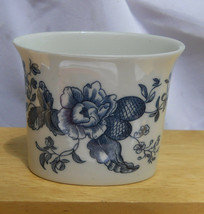 ROYAL WORCESTER BLUE SPRAYS TOOTHPICK HOLDER FLORAL RARE - $16.82