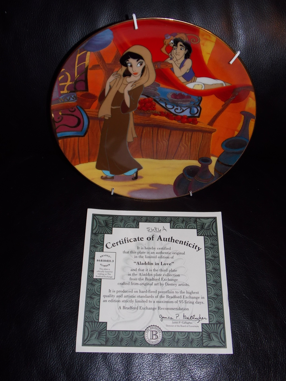 "1994 Disney Aladdin ""Aladdin In Love"" Collector Plate With Certificate"