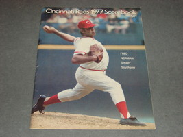 Cincinnati Reds Scorebook 1977 Reds vs Astros - $9.00