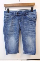 J2620 Juniors AMERICAN EAGLE Blue Denim Stretch CROPPED JEANS Capris Sho... - $30.89
