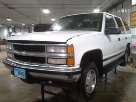 1998 Chevy Tahoe AUTOMATIC TRANSMISSION 4X4 - $792.00