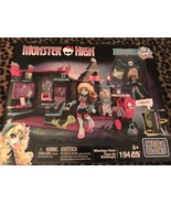 Monster High Biteology Class Mega Bloks 194 Pieces - $19.99