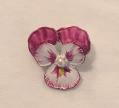 Vintage Gerry's orchid brooch pink and white enamel small flower pin 1960s - $3.00