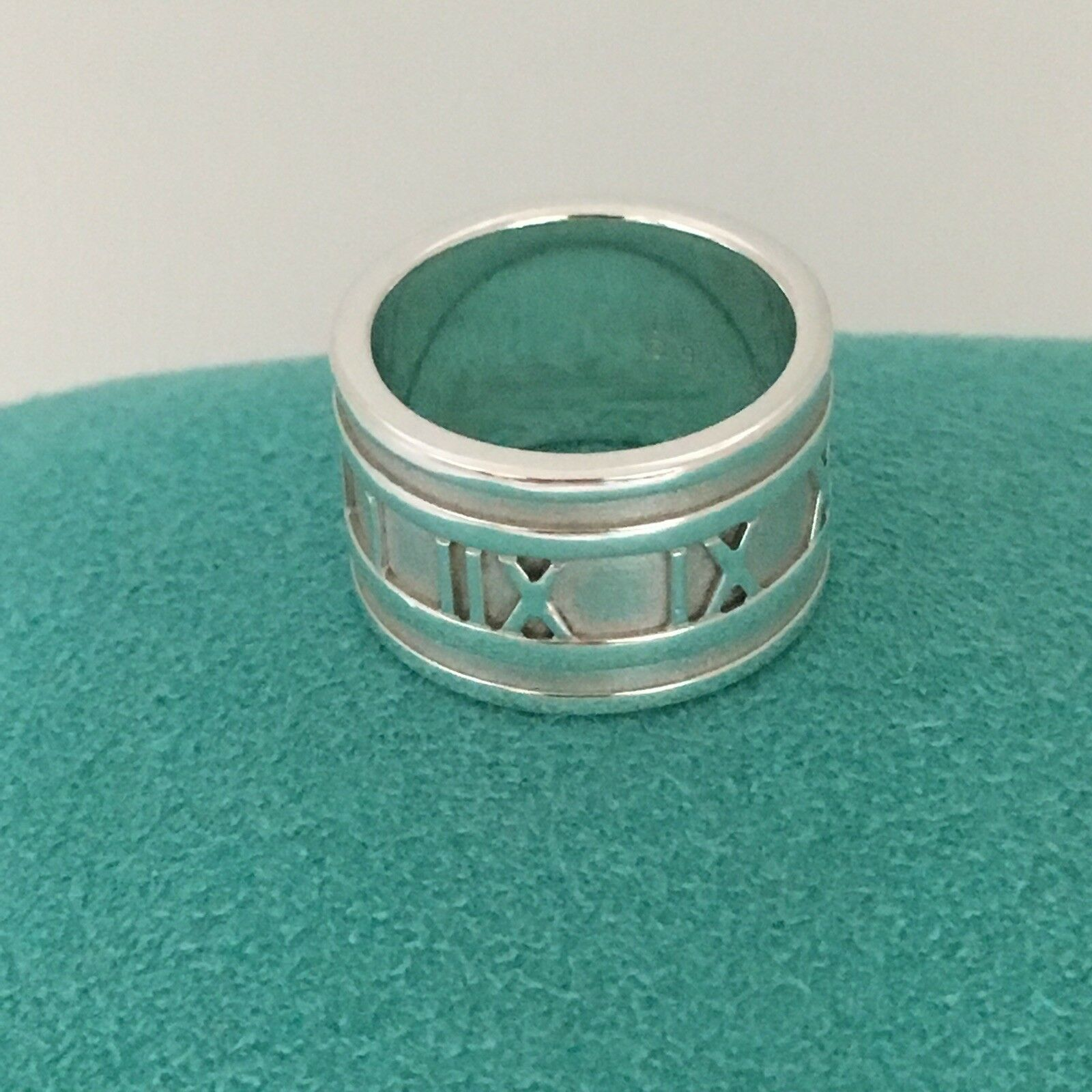 bee422f94 Size 5 Tiffany & Co Men's Unisex Atlas Ring Roman Numerals Wide Band Ring