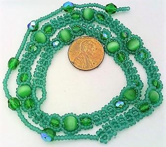 Green cat eye daisy chain choker