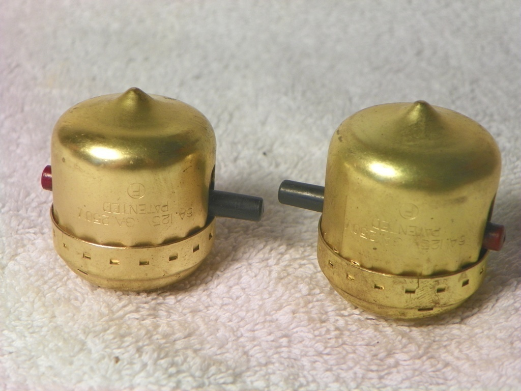 2 VINTAGE 6A. 125V. 3A. 250V ACORN SWITCHES / SWITCH PATENTED