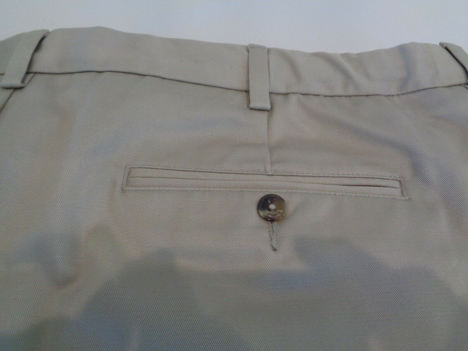 Roundtree & Yorke Size 46 EXPANDER WAIST Khaki Cotton Pleated New Mens Shorts