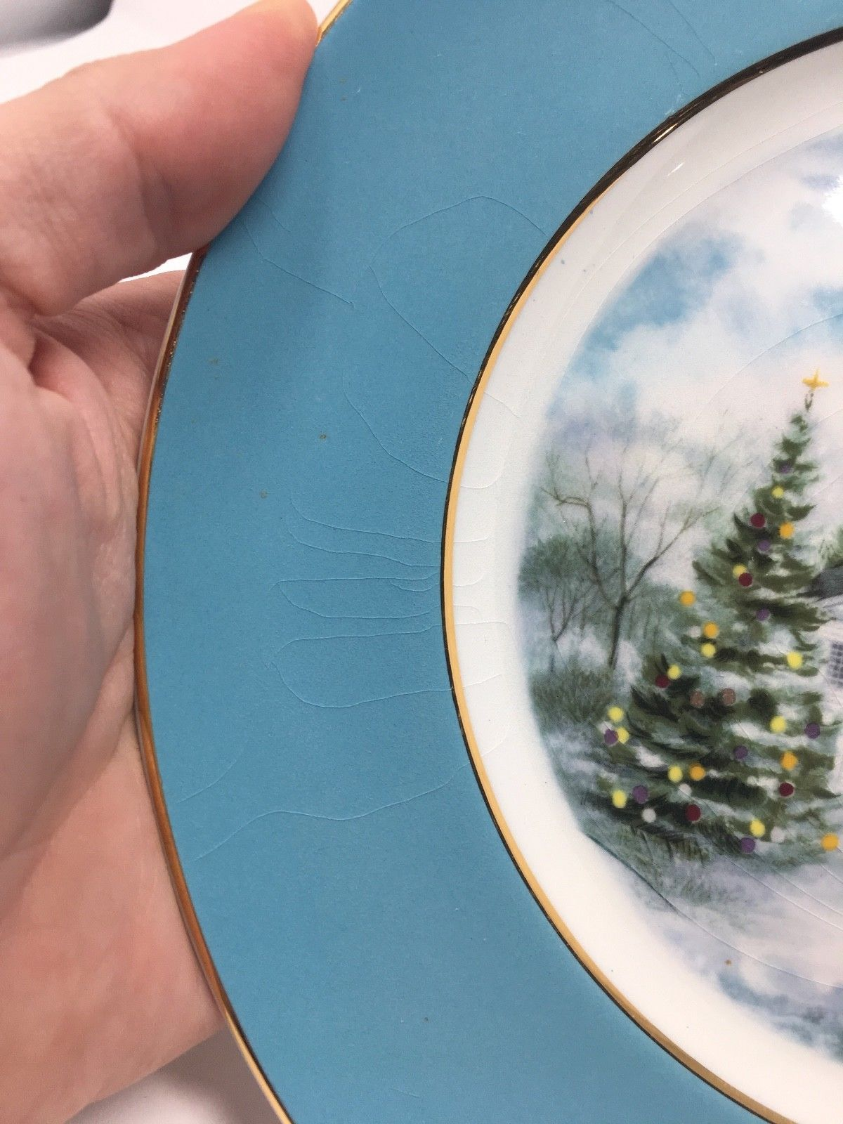 Avon 1974 Christmas Church Collector's Plate - Second Edition - Country Church image 4