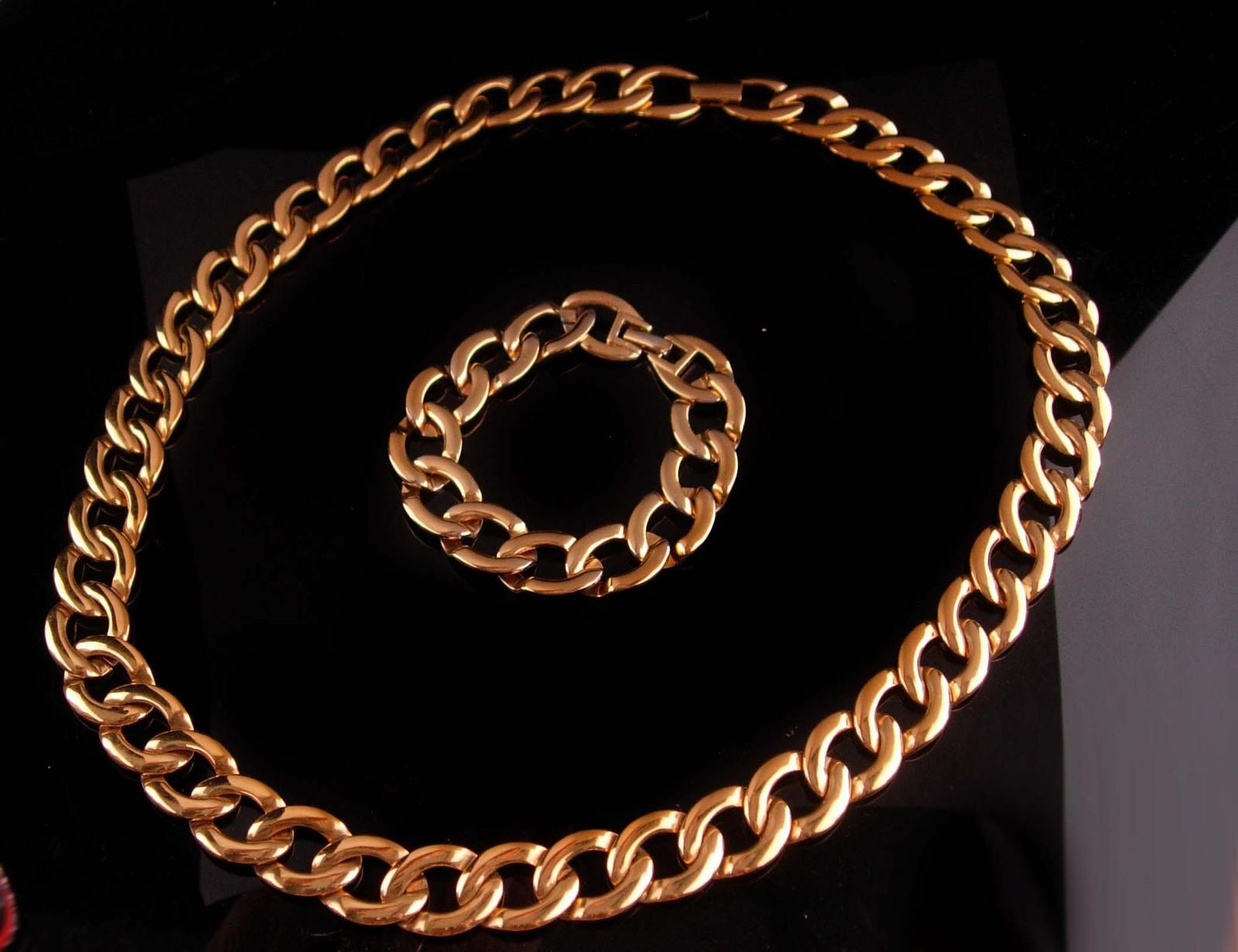 Vintage Napier demi  Parure/ huge chain necklace / Large gold bracelet /  Signed