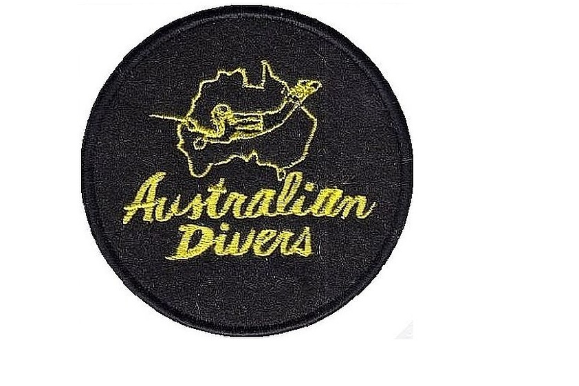 Diving australia   france australian divers la spirotechnique 1968 yellow black full thread 4 in