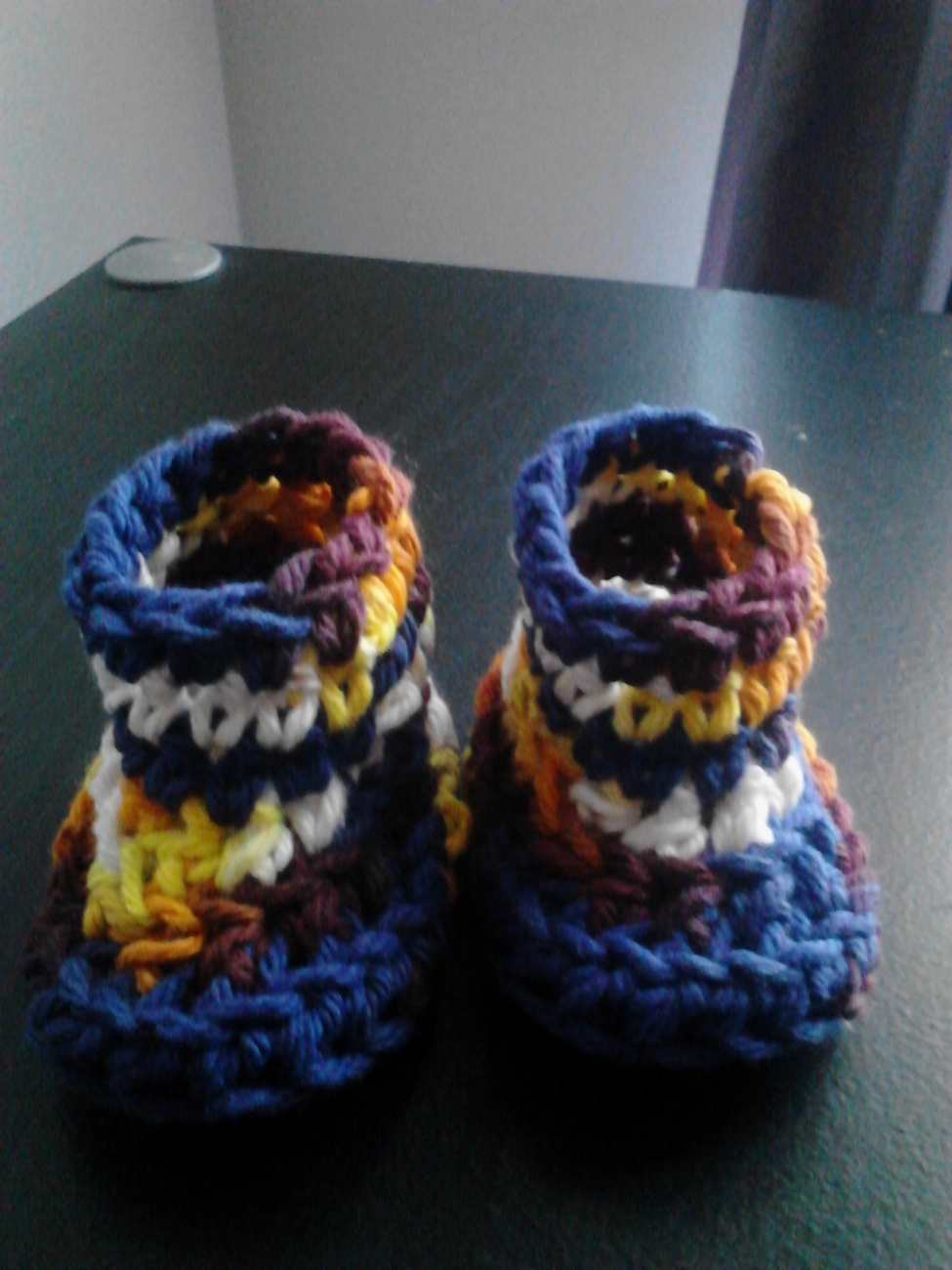 Crochet Baby Bib & Booties Set/Blue Mix