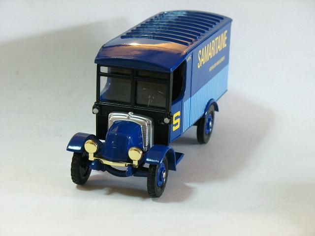 Corgi Samaritaine 1/43 Die Cast Model Car (Rare)